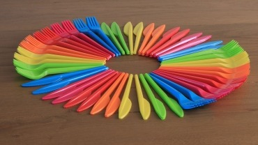 Plastika za jednokratnu upotrebu vratila se na mala vrata