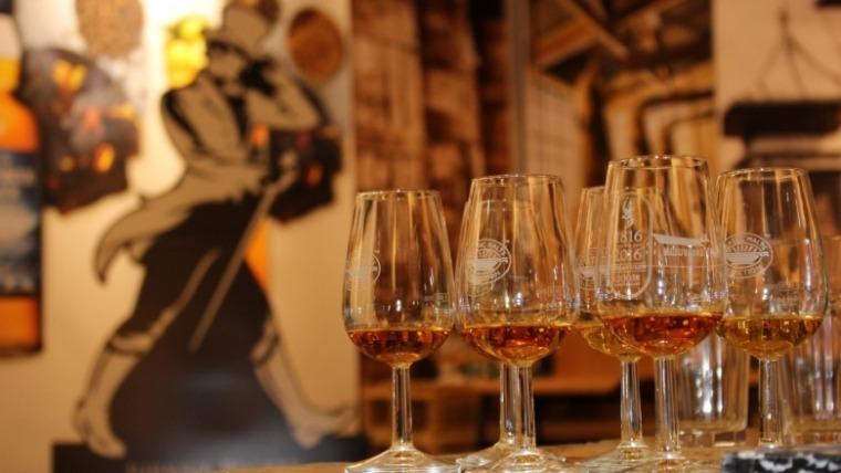 I Johnnie Walker u papirnoj ambalaži – revolucija u industriji pića