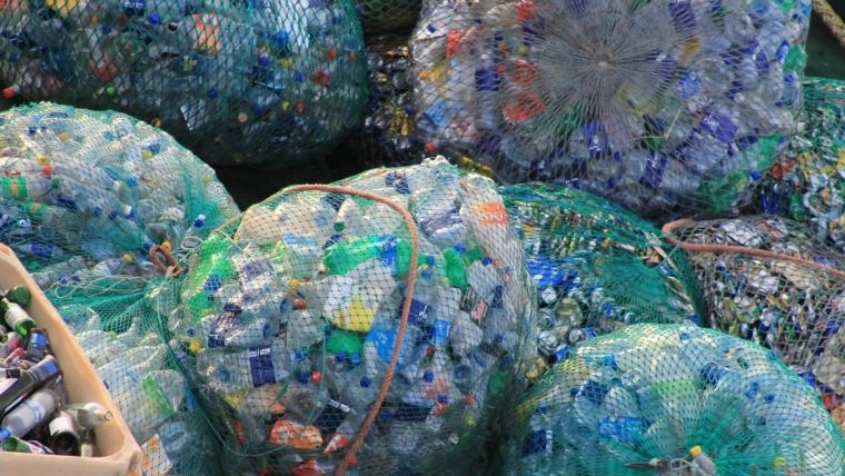 Interpol upozorava na alarmantan rast ilegalne trgovine plastičnim otpadom