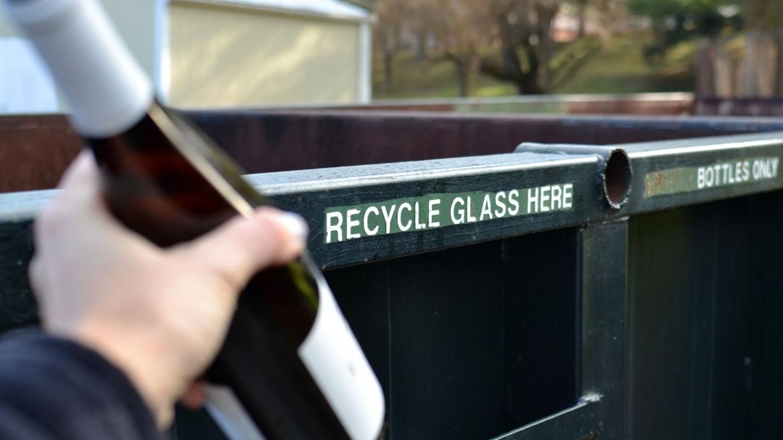 Hiljadu reciklažnih kontejnera stiže u region – počeo projekat upravljanja staklenom ambalažom