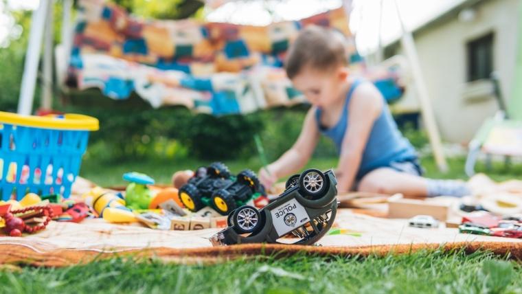 Poklonite dečje stvari i igračke, ne bacajte ih