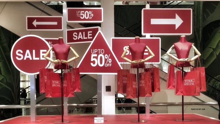 Predstavnici brze mode obećali da će praviti kvalitetniju odeću – kupcima, ipak, cena i dalje važnija od ekologije